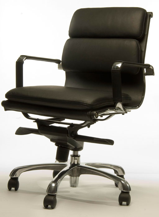 T LUXA CLASSIC HIGHBACK CHAIR 1